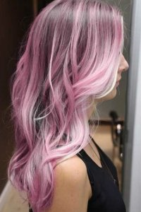 Цвет волос розово-фиолетовый