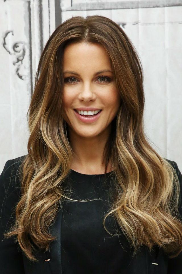 Как покрасить кончики волос в домашних условиях: омбре, балаяж 26