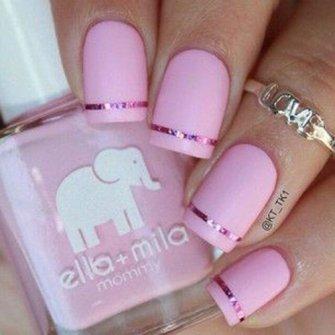 Френч с розовым лаком