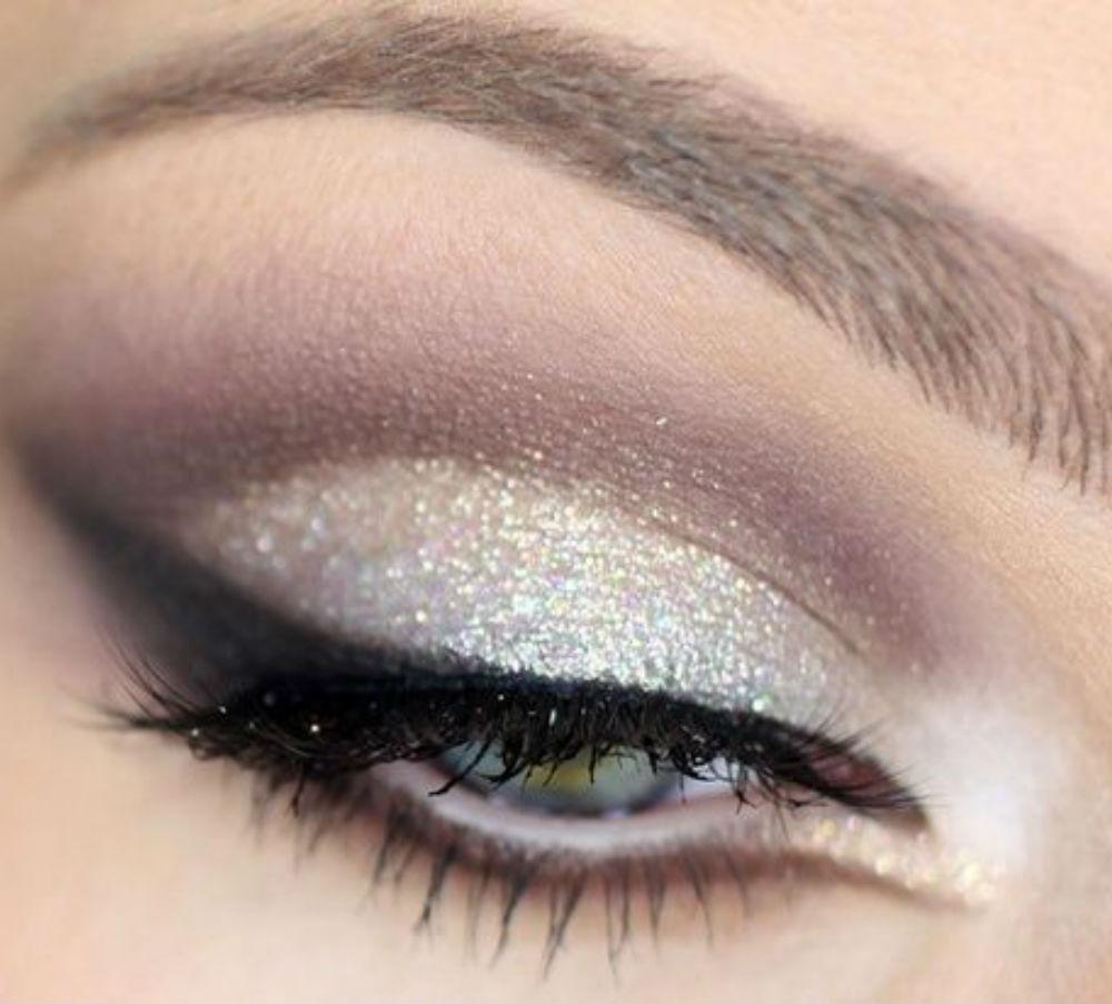 Фото макияжа для больших голубых глаз