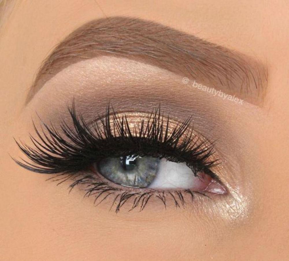 Свадебный макияж для серо голубых глаз блондинок