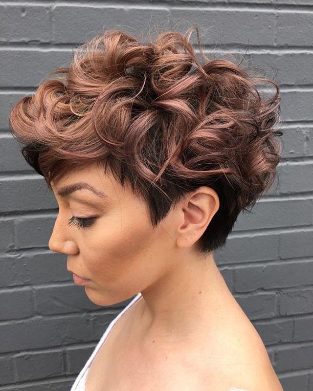 Стрижки на короткие вьющиеся волосы 2017 новинки