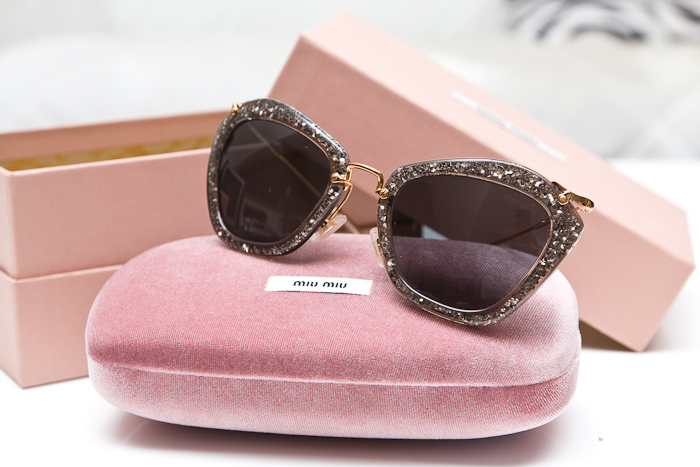 1e750fb2fe1c Модные женские солнцезащитные очки   Тренды   Фото 2018