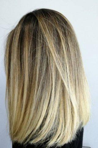 фото стрижка на средние волосы