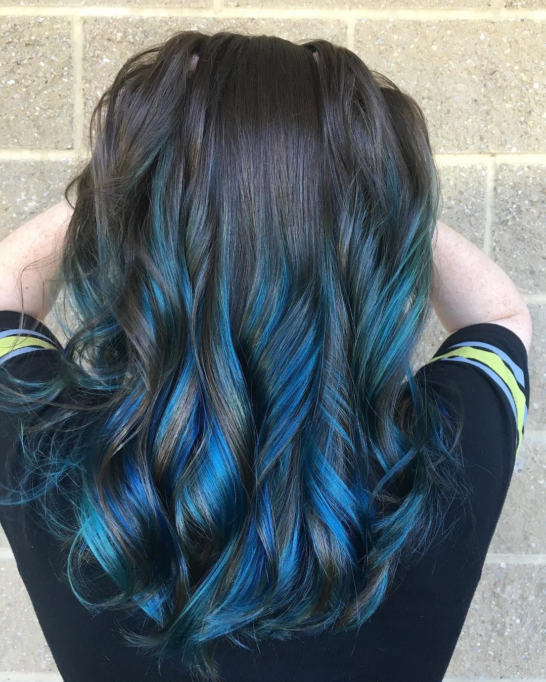 Как покрасить волосы в синий цвет - wikiHow
